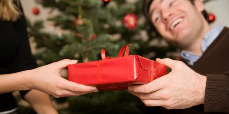 Какъв подарък да направим на своя любим за Коледа